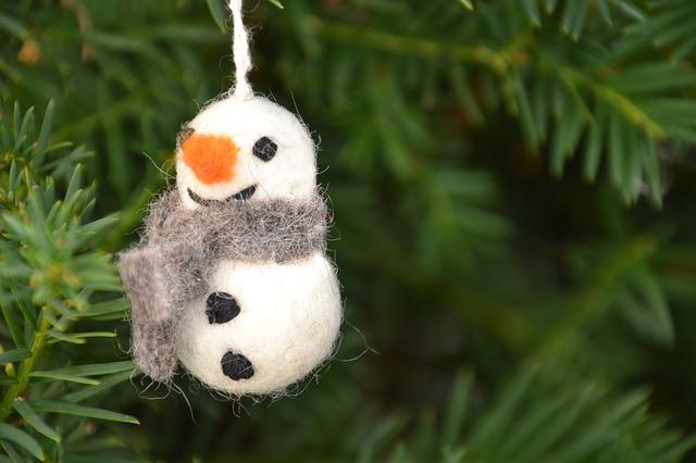 plstěný sněhulák