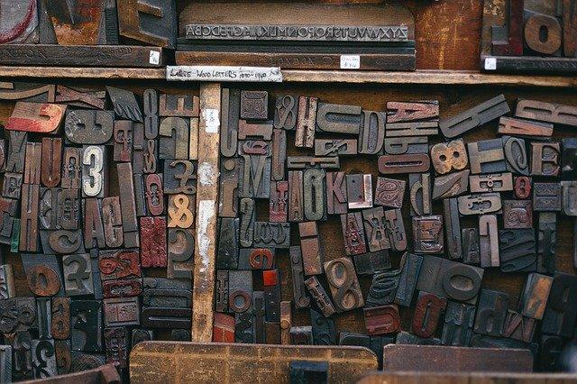 písmena, dřevěná bedna